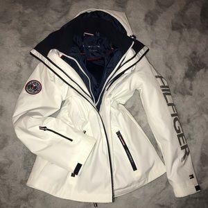 SALE NEW Tommy Hilfiger Ski Snowboarding Logo Coat Boutique